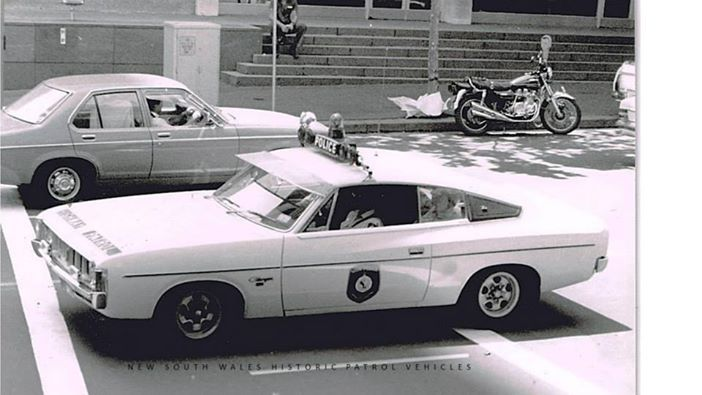 Charger Police 1976
