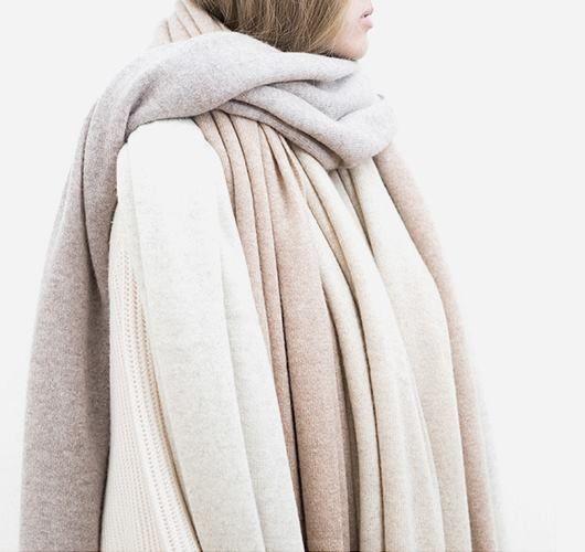 Combinate it: Schal aus Kaschmir. Hier entdecken und shoppen: http://sturbock.me/oZb