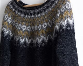 ...gings. Added some short rows before working the yoke just to lift the back slightly. Omitted the last set of decreases to give a more feminine open neckline, even though it is a boyfriend fit sweater :) markdown__dated_entry__headi...