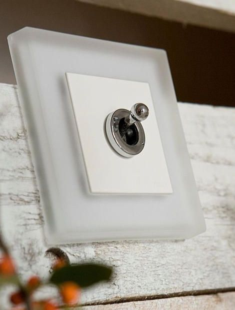 Retro Light Switches and Switch Plates by Fontini | Decorative Hardware