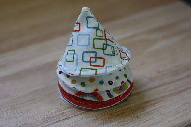 DIY pee pee tee pee tutorial.. I would never spend money on these but could easily make some with scrap fabrics.