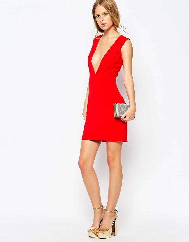 81 best femmes en robes rouges images on pinterest. Black Bedroom Furniture Sets. Home Design Ideas