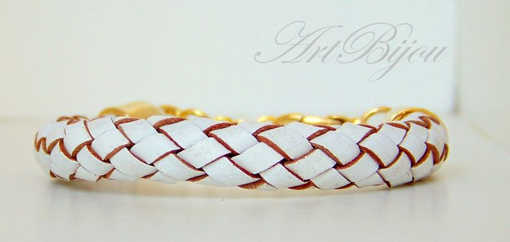 Leather Bracelet, Gold Zamak bracelet, White Unisex Bracelet, Gift for Her, Women Gift, Men Gift, Gift for Him, Unisex Gift, Gift Idea