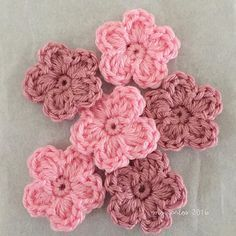 crochet flowers tutorial and video                                                                                                                                                     More