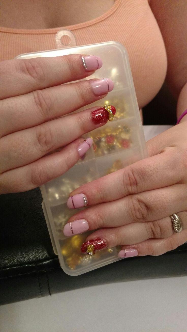 Lovely pink gel nail. Design.  https://m.facebook.com/Z.rune/