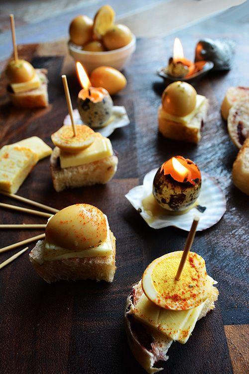 オトナの復活祭 うずら卵の燻製ピンチョス - 元バーテンダーの簡単家バルレシピ 金魚の肴