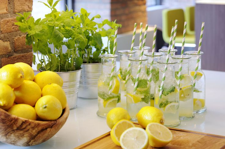 Beverages are just as important as food items are on any break.  Bringing in fresh flavors and adding an action component can enhance the attendee experience. In this photo, we see fresh citrus being squeezed to order for homemade lemonade.