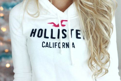 White Hollister hoodie - claps to you who can keep these clean ♡
