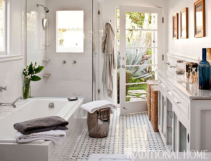 215 best images about master bath on pinterest for Www traditionalhome com