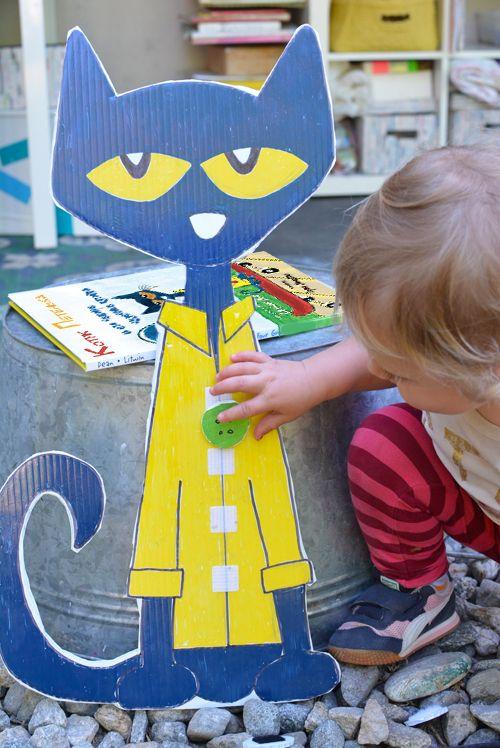 """Развивающее занятие по книге """"Котик Петенька и его чудесные пуговки"""". Прививаем любовь к чтению."""