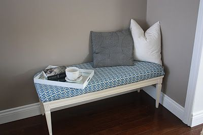 urbane jane.: coffee table transformed into a bench.: Projects, Coffee Tables, Crafts Ideas, Urban Jane, Bedrooms Window, Coff Tables, Tables Turning, Tables Benches, Tables Transformers