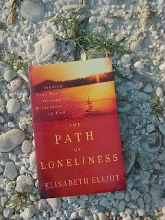Amazing Grace: Review buku : The Path of Loneliness