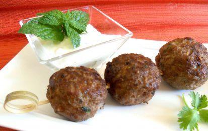 Polpette alla menta - Amate le polpette e i sapori delle cucina etniche, allora dovete provare a preparare questa ricetta, per delle insolite e profumate polpette di carne ispirate dalla cucina libanese