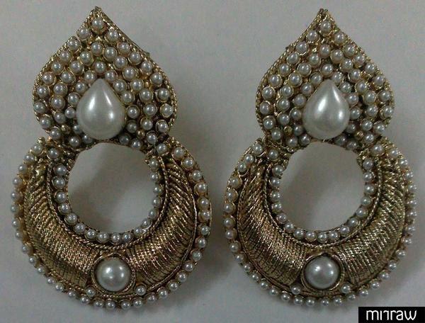 Beautiful traditional pearl earrings