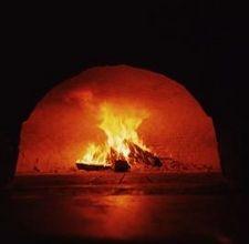 outdoor pizza oven!