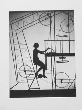 """Oiseau Exotique"" Stuttgarter Ballet 1967 Hannes Kilian  Aufnahme 1967: Marcia Haydée im Stuttgarter Ballett ""Oiseau Exotique""  Choreographie: John Cranko Bühnenbild: John Neumeier"