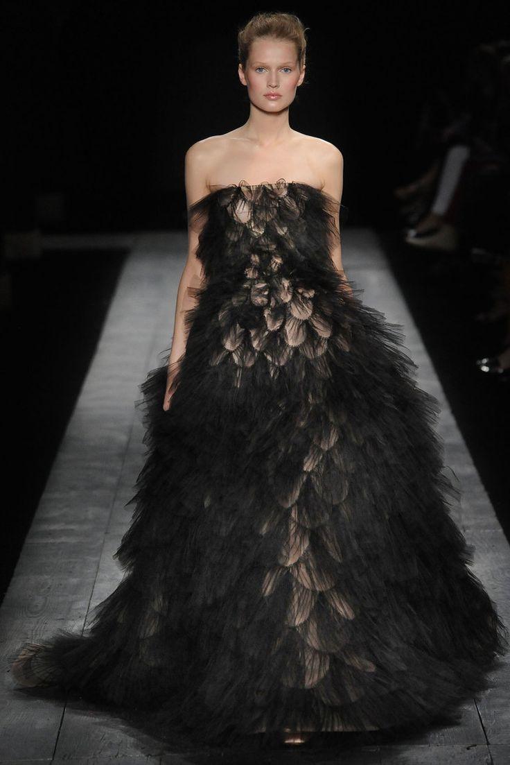 Toni Garrn @ Valentino Haute Couture F/W 2008-09,... | model mofos