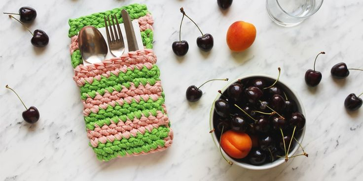 Guest post - Free Pattern: portaposate crochet