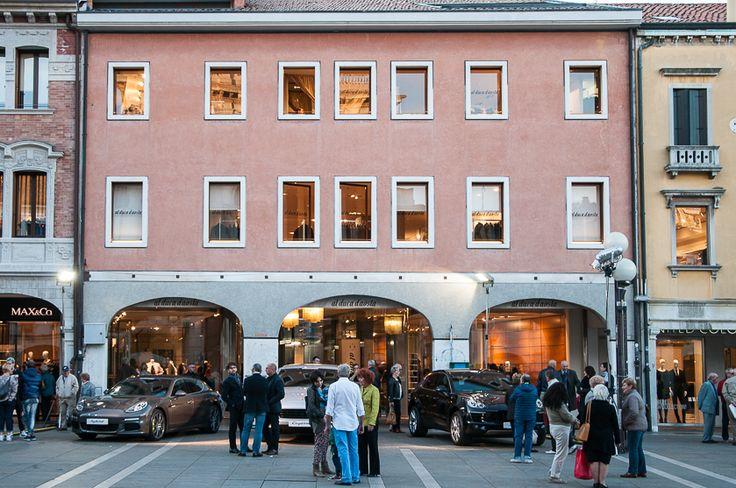10.22.2014 Al Duca d'Aosta event in collaboration with Porsche #alducadaosta #event #porsche #cars #cayenne #panamera #party #mestre #venice #store