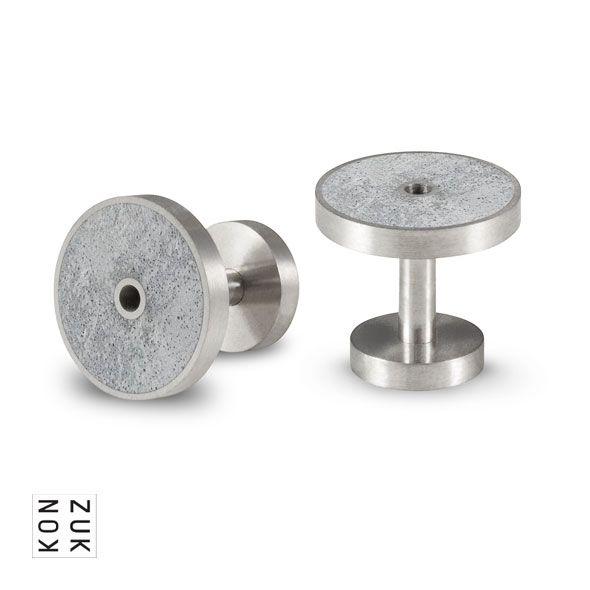 KMc120 Discus Concrete Cufflinks