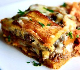 Plantain Lasagna...OMG I have to make this! This would be good as pizza too.
