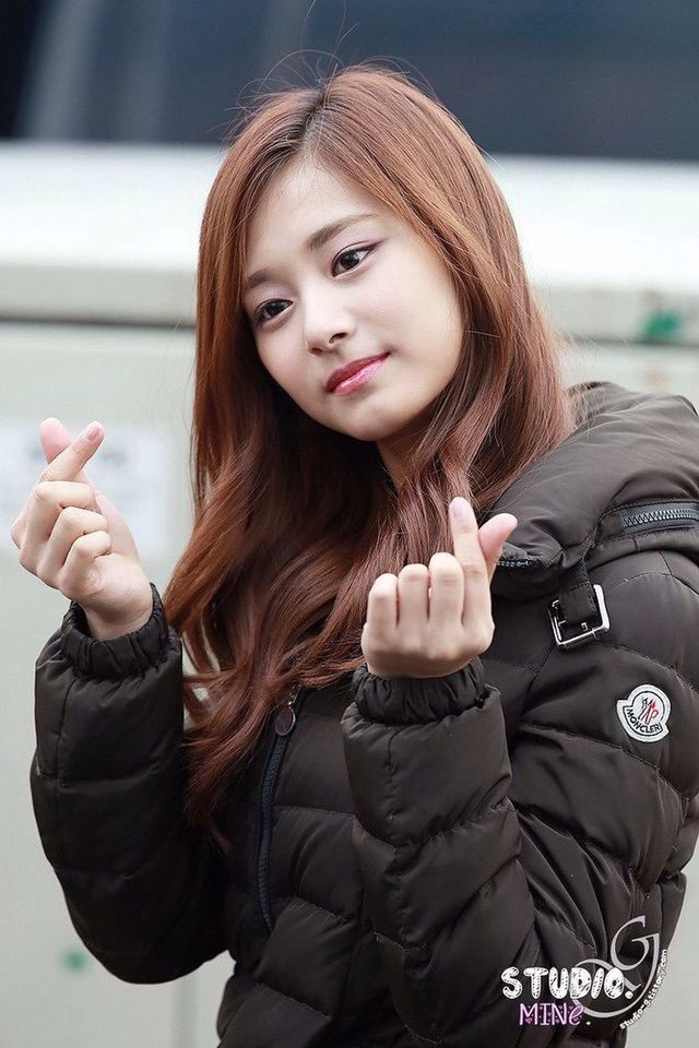 Tzuyu is so adorable that make me fall inlove