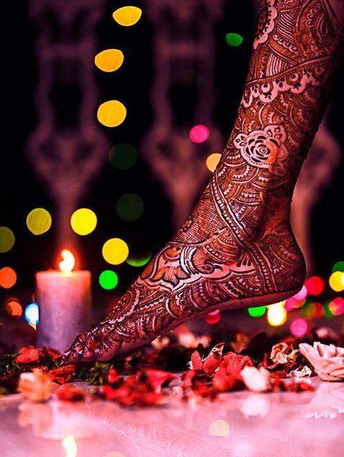 Bridal henna on feet