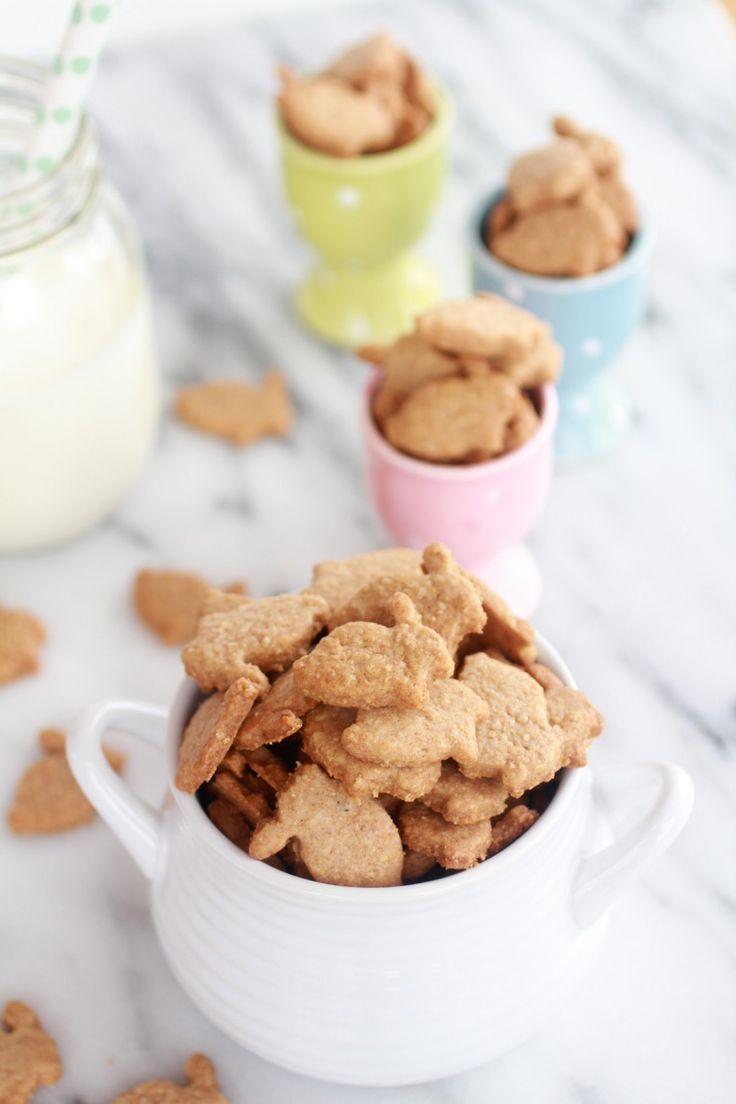 Honey Bunny Grahams from Half Baked Harvest #crackers #cookies #homemade