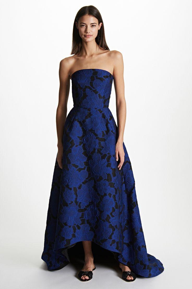 Oscar de la Renta Pre-Fall 2017 Fashion Show Collection