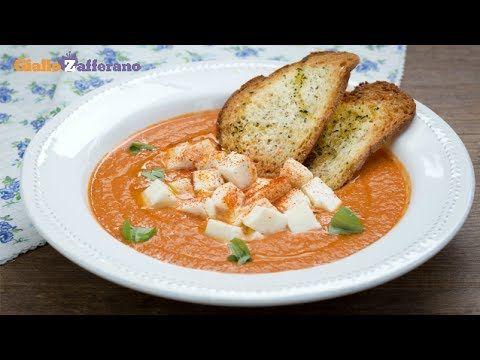 Zuppa di pomodori arrosto e mozzarella
