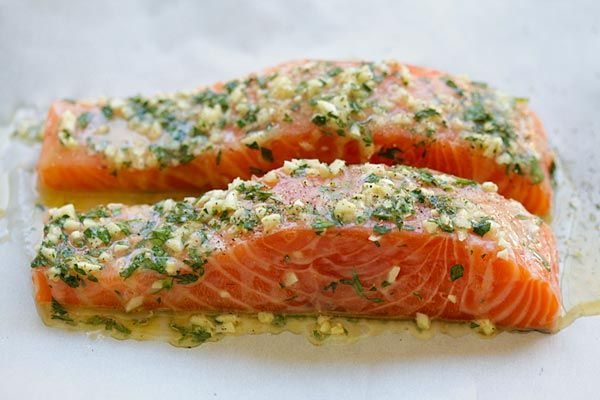 Garlic Herb Roasted Salmon - best roasted salmon recipe ever! Made with butter, garlic, herb, lemon and dinner is ready in 20 mins   rasamalaysia.com