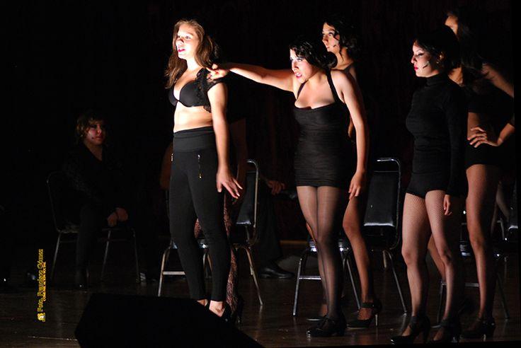Nezahualcóyotl, Méx. 25 Junio 2013. Chicago, el musical, se presentó este día en el Auditorio Plurifuncional, con dos funciones completamente en inglés.