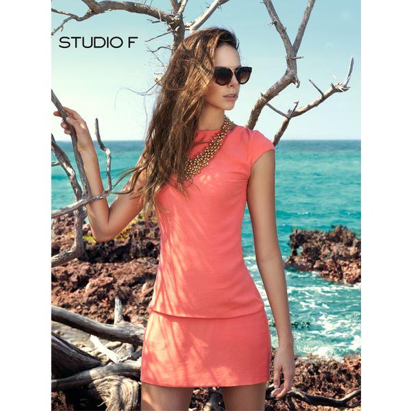 Vístete con el color de la temporada: el coral. Un #MustHave para tu #SpringSummer2015. #StudioFValenciaOficial