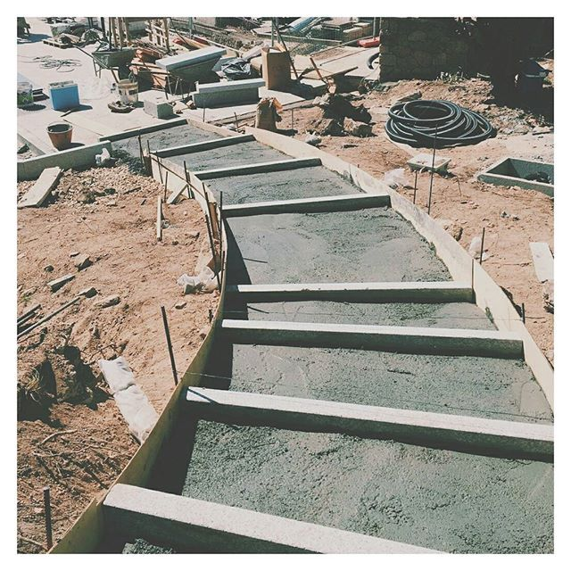 To the pool we go.... well we will... when the project is finished.. // #construction #steps #formwork #landscapearchitecture #landscape #villa #gardendesign #designstudio #architecture #masterplan @giulia_pa2015