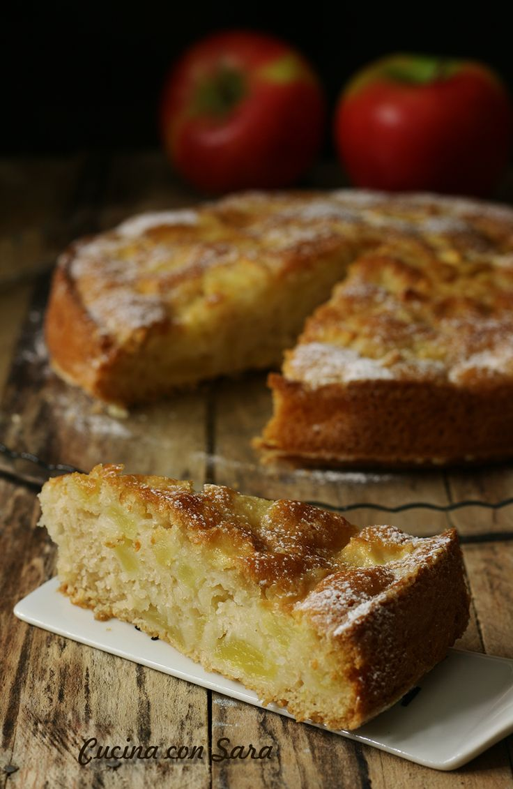 TORTA DI MELE LIGHT, SENZA BURRO, SENZA UOVA, SENZA LATTE...buona e leggera! Ricetta qui: http://blog.giallozafferano.it/cucinaconsara/torta-di-mele-light-ricetta/