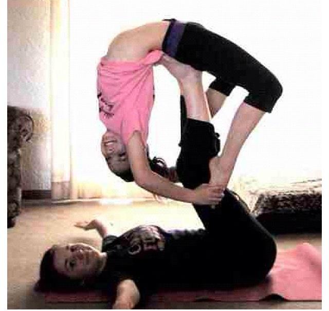 Brooke hyland and mackenzie ziegler dance pinterest for Brooke mirror