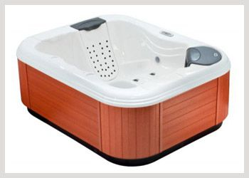 Bullfrog 131 The SportX Model 131 is the ideal value hot tub for 2 people. Couples and singles can escape the stress of the day. This hot tub for 2 people is perfect for tight backyard spaces and the Model 131 can even fit through most doorways for interior installation. Enjoy the soothing jets of the RainShower JetPak and create your own personal retreat. #Wheatlandfireplace #JacuzziRegina