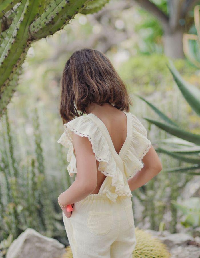 Compra ropa online de niñas de las mejores marcas. Envío en 24h con portes gratuítos a partir de 50€. Moda infantil online a los mejores precios.