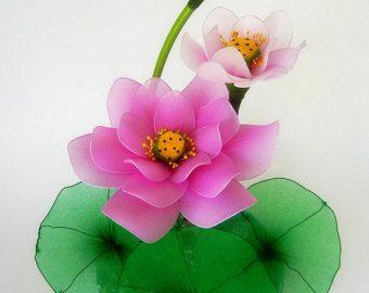 Orquídeas Dendrobium moradas es regalo de Navidad. Para la