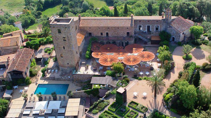 Hotel Castell d'Emporda à La Bisbal d'Emporda Espagne | Splendia - http://pinterest.com/splendia/