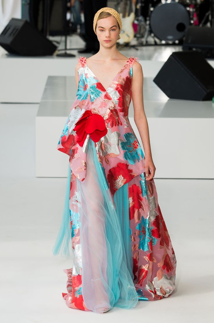 656 Best Dream Dresses Images On Pinterest Dress Code High Fashion And Asian Clothes