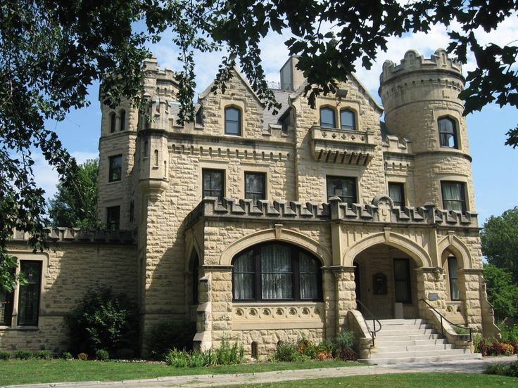 - Joslyn Castle - 1903 - Omaha, NE - National Register of Historic Places - Rented Out For Special Occasions -