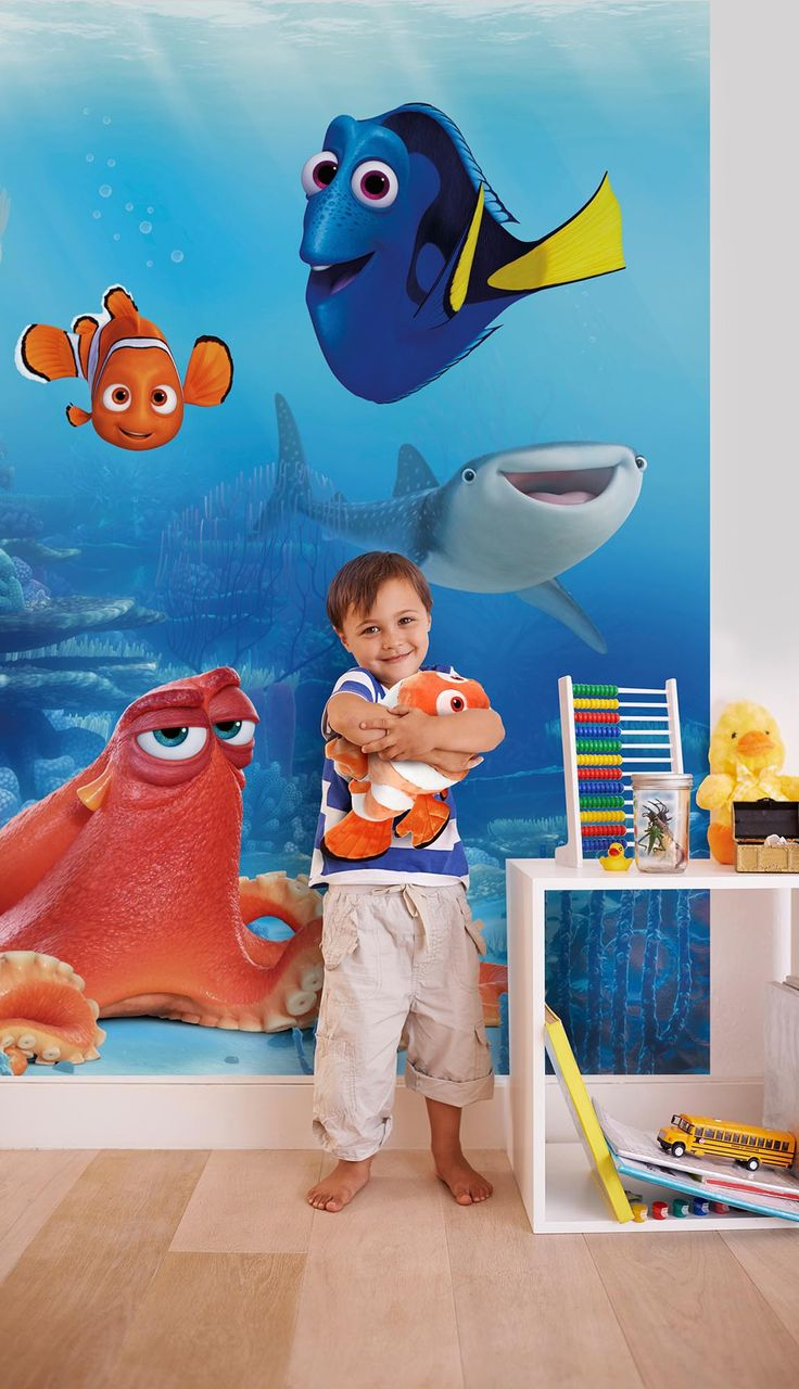 22 best posterbehang en fotobehang images on pinterest paper create an instant feature in any room with this awesome finding dory wall mural the colourful mural depicts a detailed underwater scene featuring dory