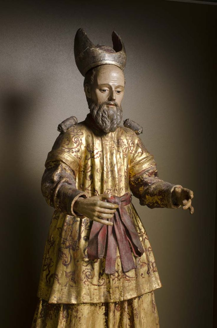 Escultura de San Zacarías #MuseoMarc