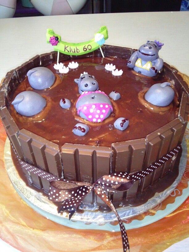Chocolate cake with ganache and kit kat