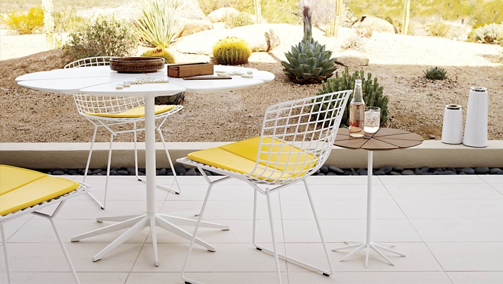 Cafe Solutions Petal Table Knoll Bertoia Chair Outdoor