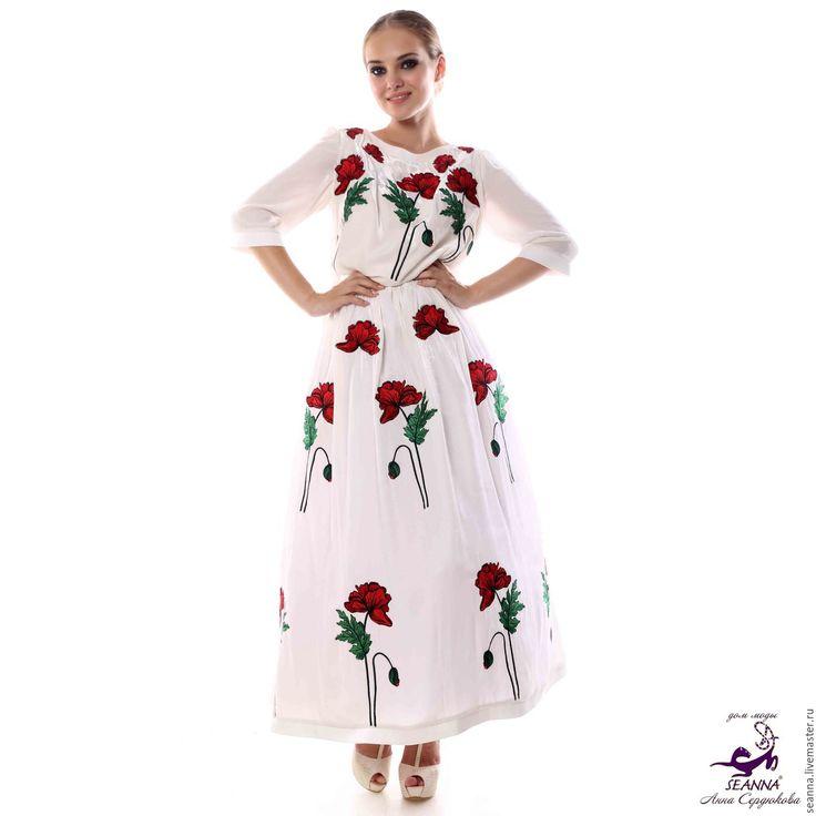 """Купить Роскошное платье из бархата с вышивкой """"Маковое поле"""" с пышной юбкой - белый, платье роскошное"""