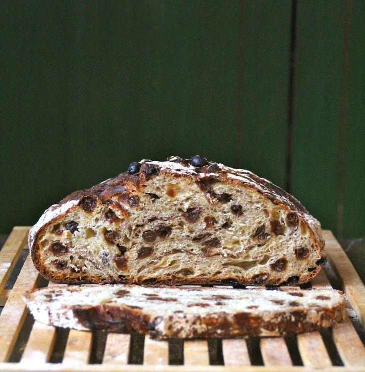 Eltefritt kanel- og rosinbrød - superdigg og superenkelt å lage - perfekt til søndagsfrokosten! Oppskriften finner du her på bloggen Mat på Bordet!