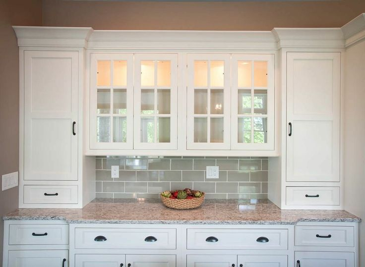 17 best ideas about built in hutch on pinterest built in for Built in kitchen cabinets