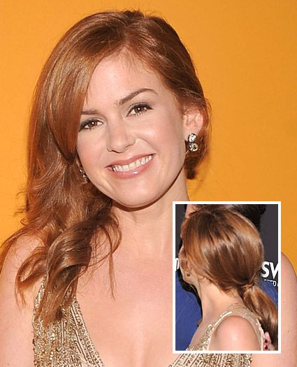 Get The Look: Isla Fisher's Asymmetrical Down 'Do: Remain Hair, Hair Ideas, Curling Irons, Red Hair, Low Ponies, Brushes, Hair Style, Curls Irons, Hair Wraps
